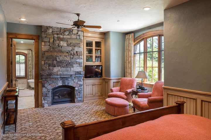 Guest Suite with Fireplace