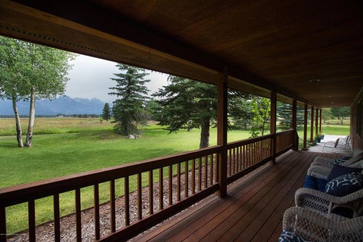 Front Porch Teton 2018