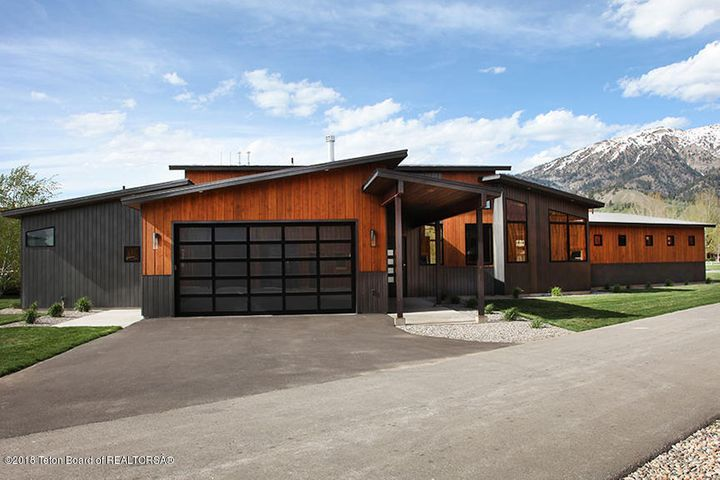 592 AIRPORT DR, 6, Alpine, WY 83128