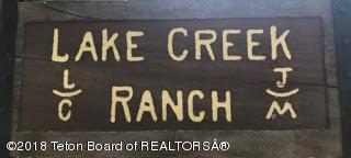 Lake Creek Ranch sign