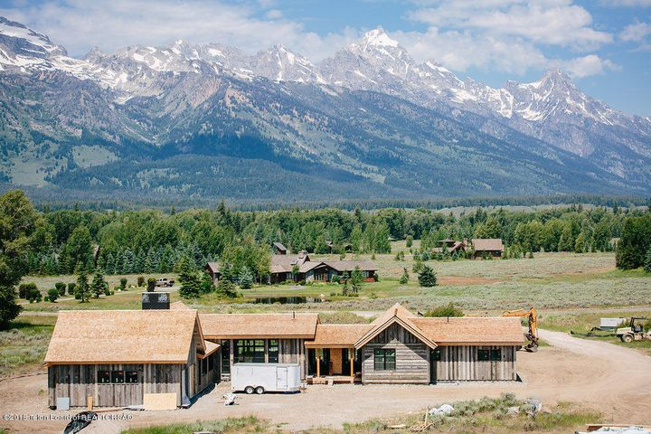 Idyllic Setting with Massive Teton Views