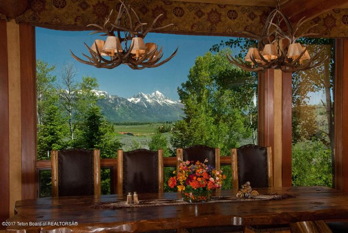 Dinning room with Grand Teton views