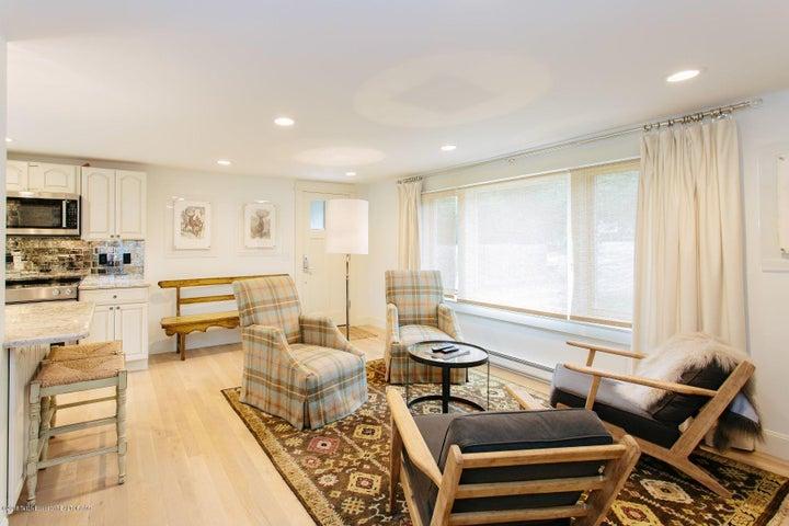 5. Living Room - Entry