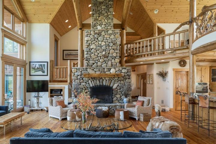 7. Living Room-Fireplace Alt