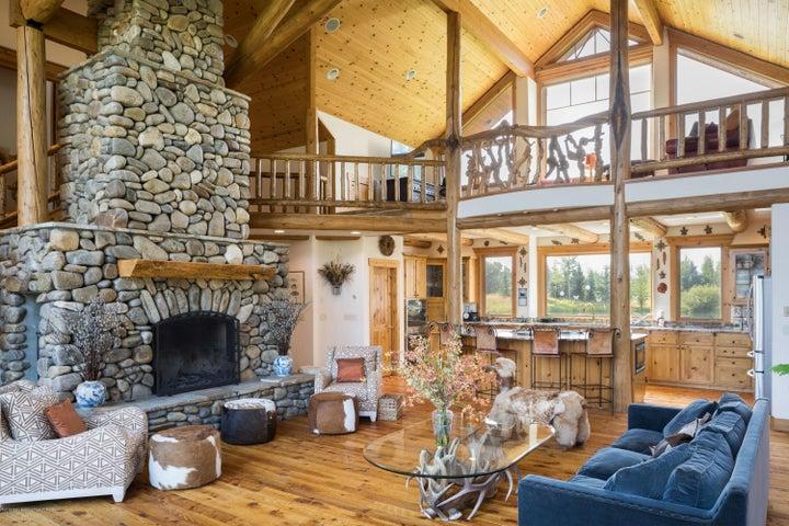 9. Living Room-Kitchen