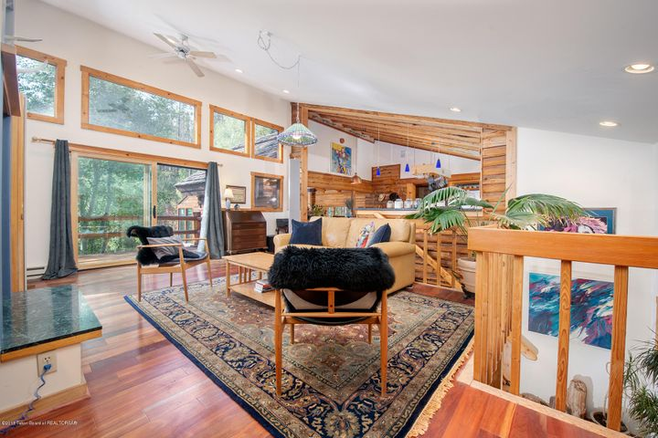 Living Room-b