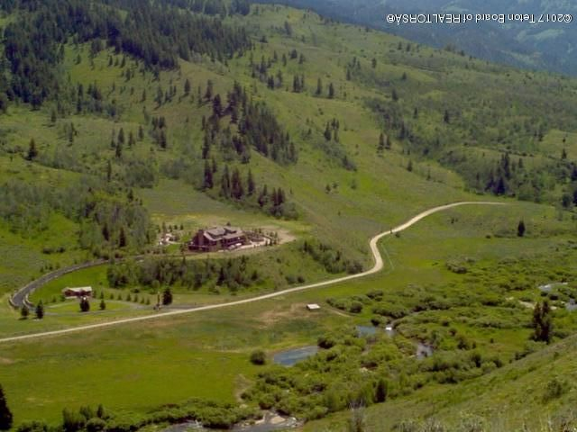 2800 HORSE CREEK ROAD <br>Jackson, WY