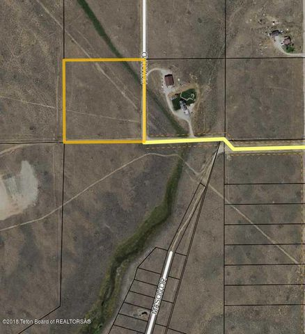 24 FAWN RD, Cora, WY 82925