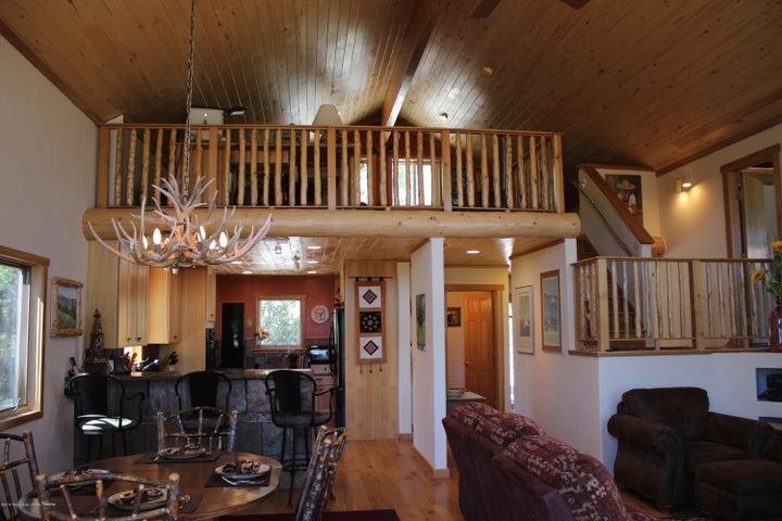 Living Room /loft