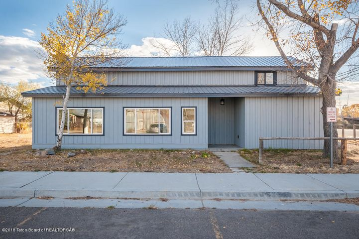 63 S MADISON, Pinedale, WY 82941