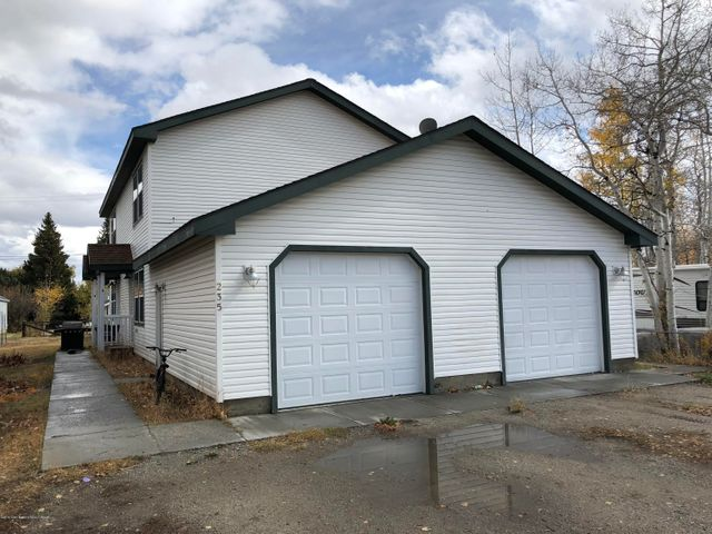 235 S LINCOLN AVE, Pinedale, WY 82941