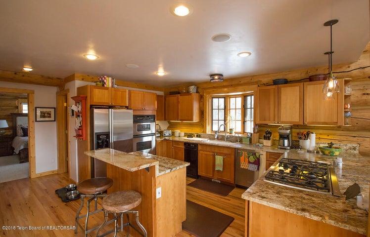Weeks - kitchen