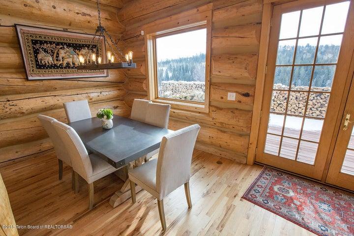 Weeks - Dining room