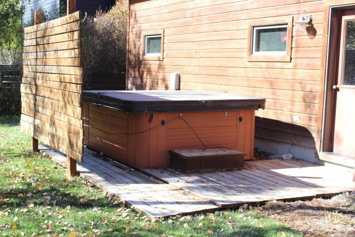 Hot Tub & patio