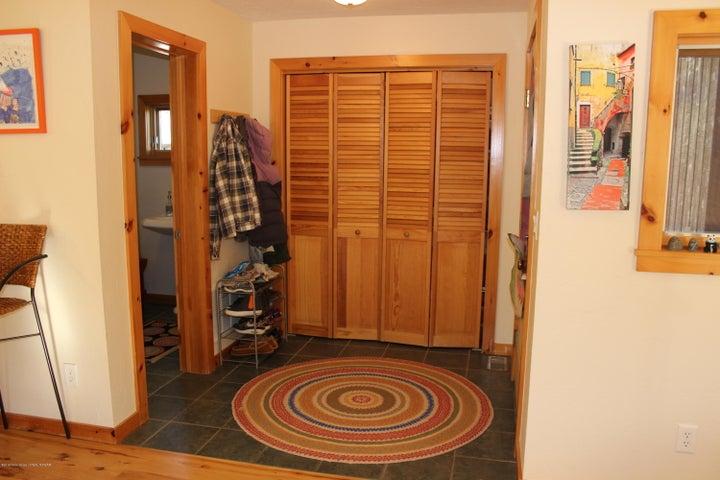 Entryway with Slate floors