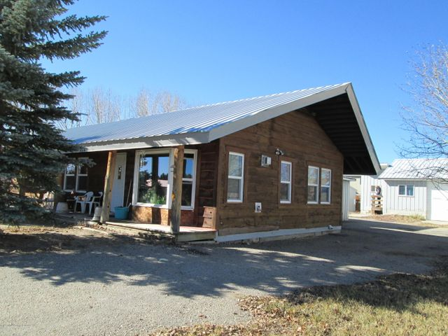 332 S JACKSON AVE, Pinedale, WY 82941