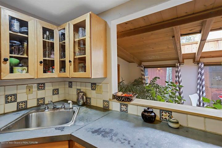 KitchentoSunroom