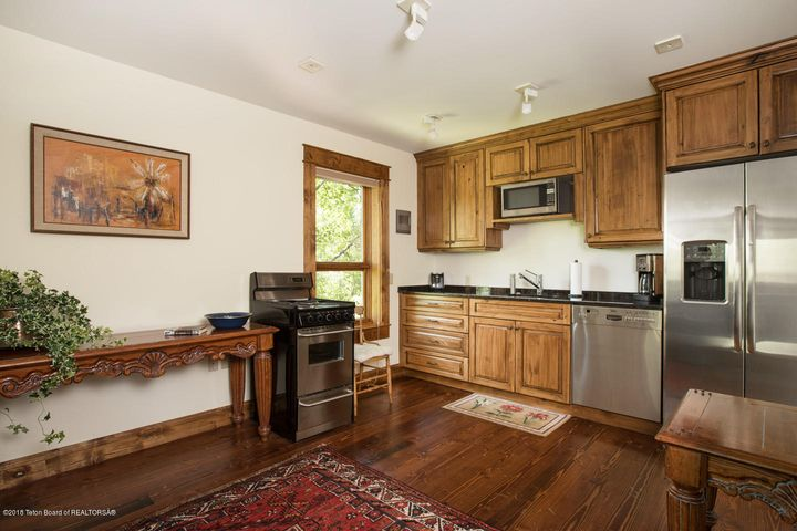 Guest Apartment Kitchen