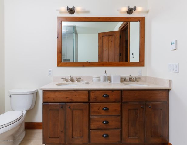 Tall Timber, Guest Bath