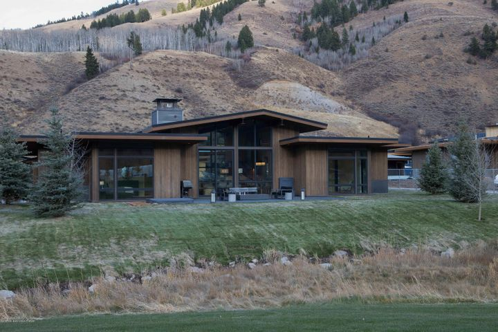 Fairway Cabin - Exterior