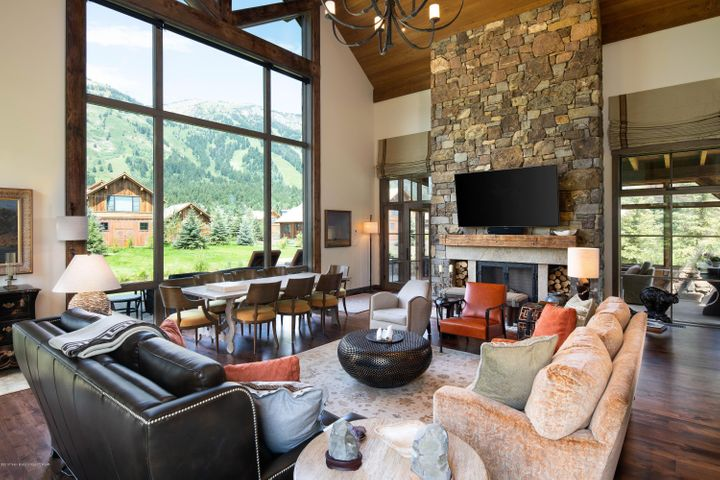8 Great Room Fireplace