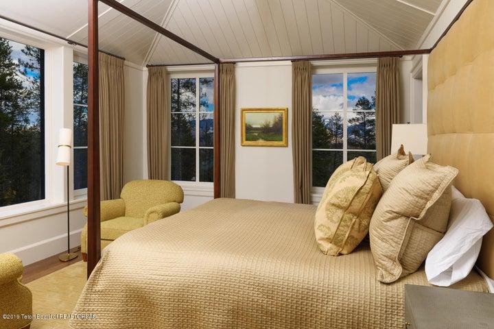 7_Master Bedroom