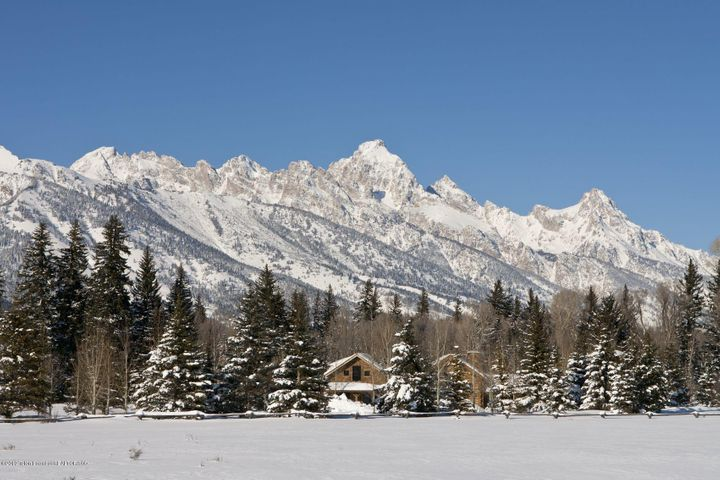 !B6LYYR Kimball Winter Teton view and vi