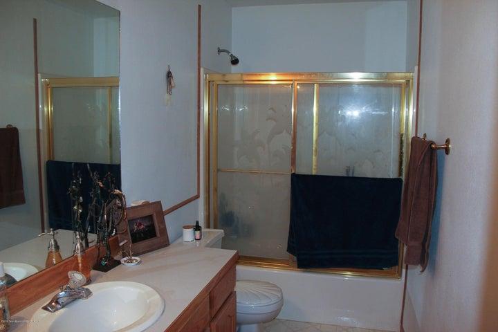 13 Bathroom 2