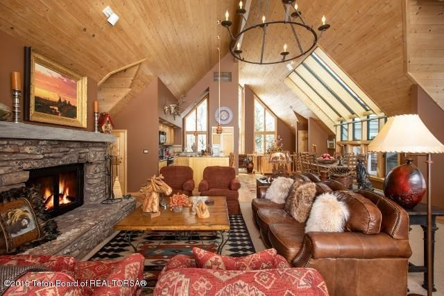 3. White Pine Lane Living Room with Fire