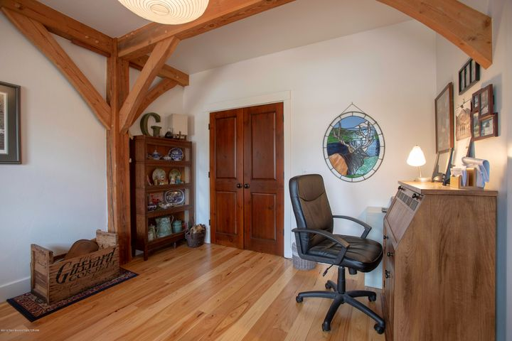 Office - 5th Bedroom
