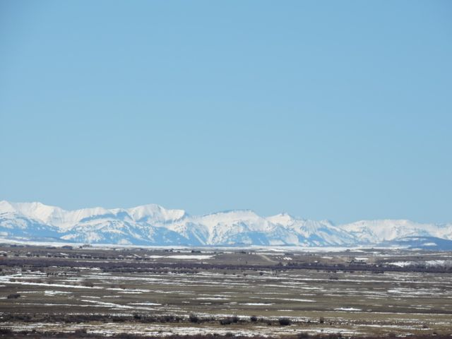 Almost 270 Degree Of Stunning Mountain Views From This Property! Wyoming Range To The West.