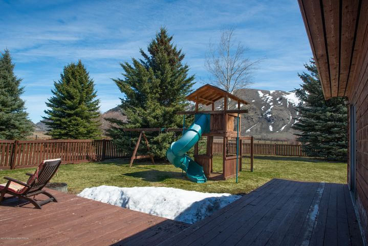 BackDeck&PlayStructure