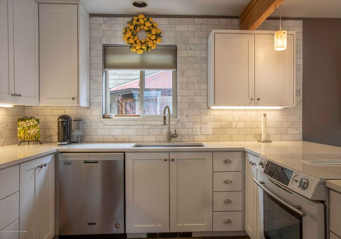 Clean new Kitchen