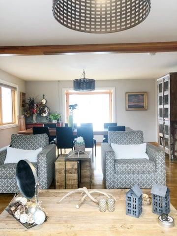 09 - family Room - Dining Room