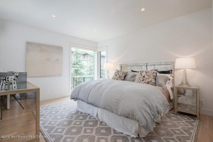 7 Main Floor Guest Bedroom