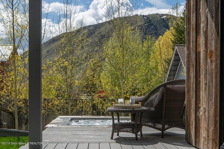 22 Deck, Hot Tub + Aspen