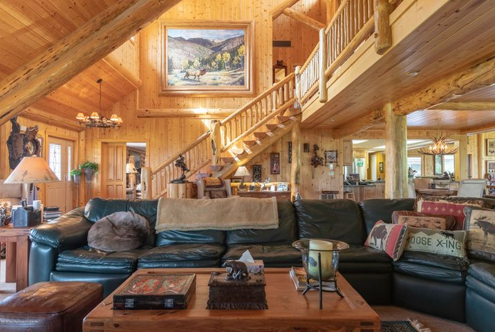 3096 COUNTY ROAD 110  <br>Etna, WY