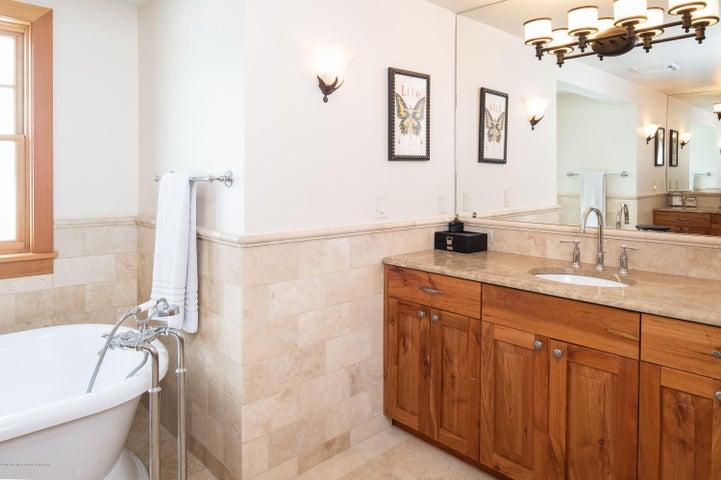 vanity 2 master suite bath
