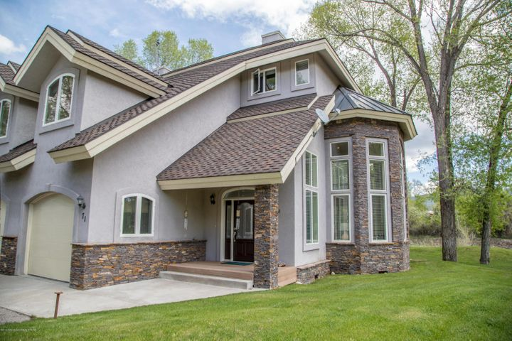 71 WILLOWBROOK DR, Driggs, ID 83422