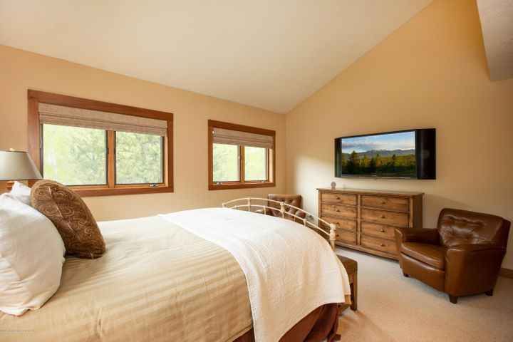 12- Master Bedroom 2