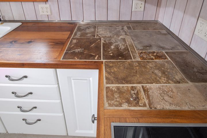 fossil counter top