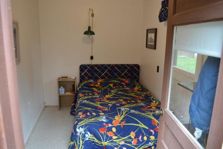 Sleeping cabin 2