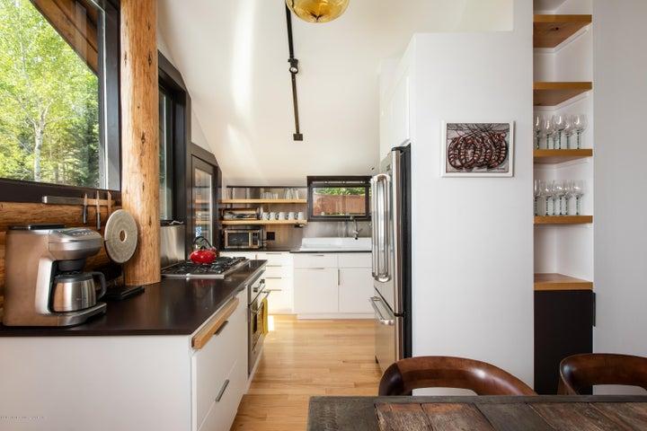 7-Dining + Kitchen