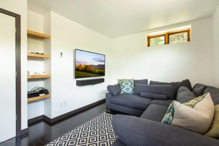 9- TV Room