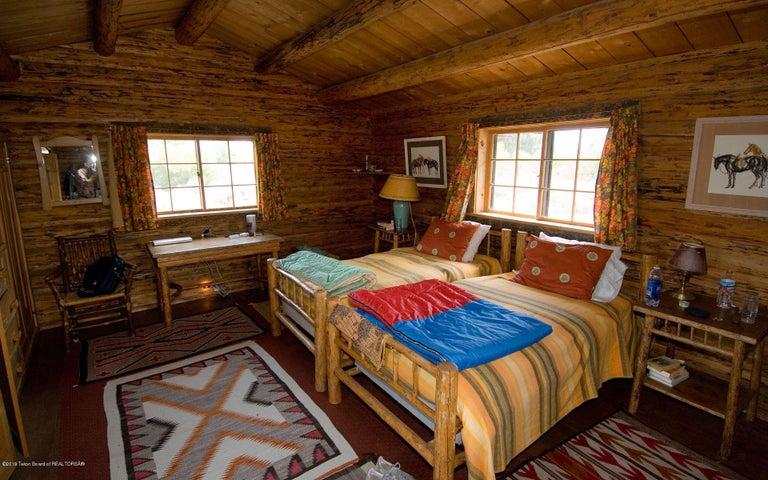 burt cabin 1