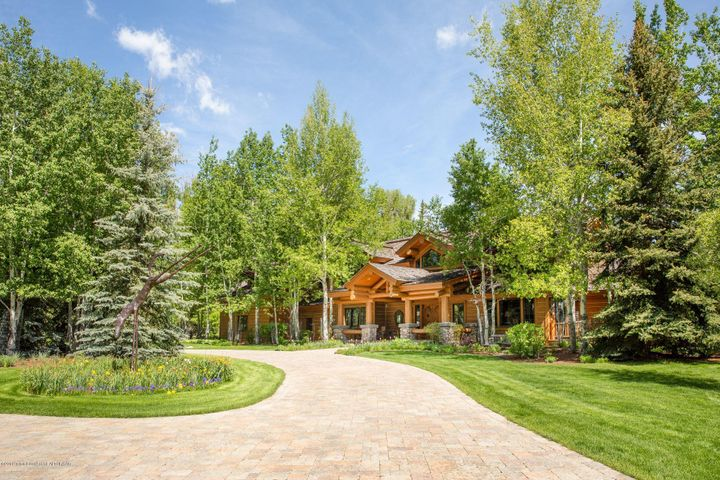 1155 ELY SPRINGS RD <br>Jackson, WY