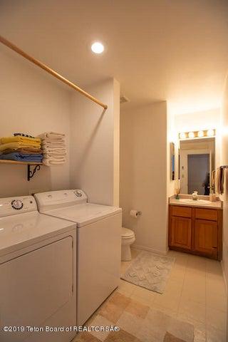 Laundry 1/2 bath
