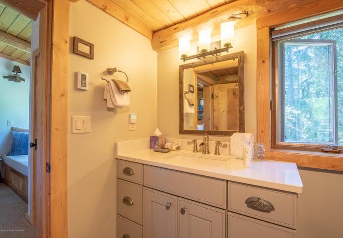 Trail Boss Bathroom