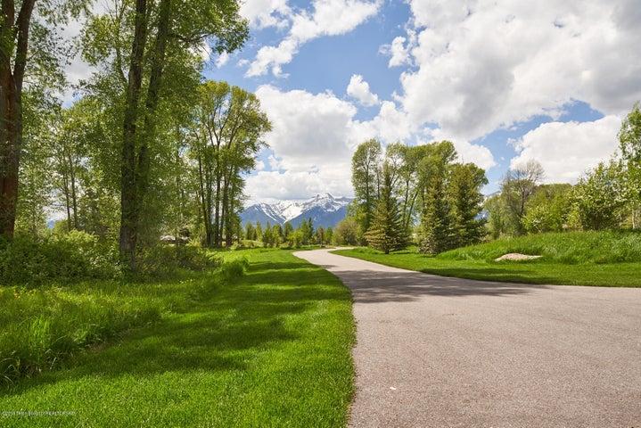 Driveway Leaving/Jenson View