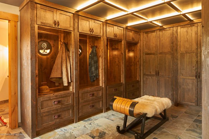 Mudroom/Ski Lockers